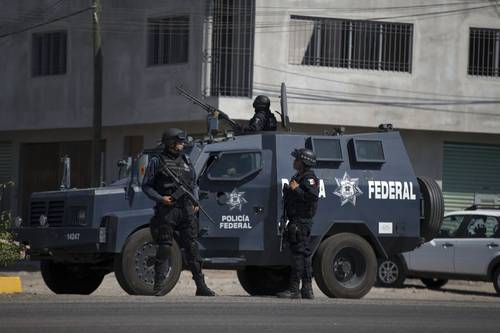 Federal Police take control of Apatzingán