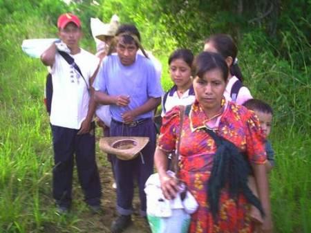 Viejo Velasco Displaced Return to Look For Belongings