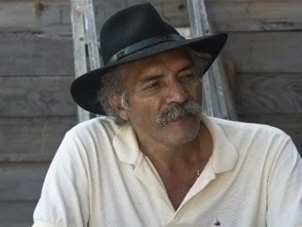 Dr. José Manuel Mireles, a leader of the Self-Defen se Groups in Michoacán