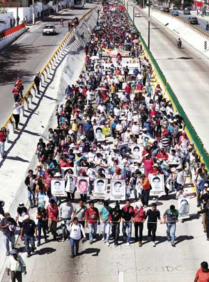 Yesterday's mega-march in Chilpancingo, Guerrero's state capital, in support of Ayotzinapa. Photo from La Jornada