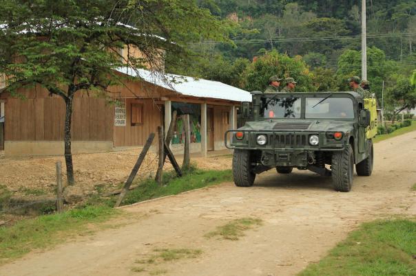 Mexican Army patrols La Realidad