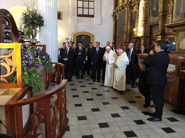 Pope Francisco visits the tomb of Bishop Samuel Ruíz García. Bishop Raúl Vera is next to the Pope.