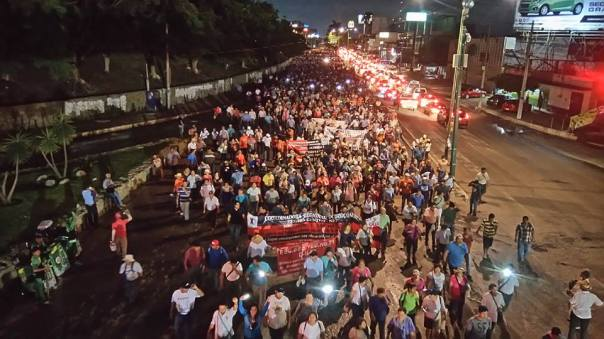 A view of the Mega-March in Tuxtla. Photo: Pozol Colectivo.