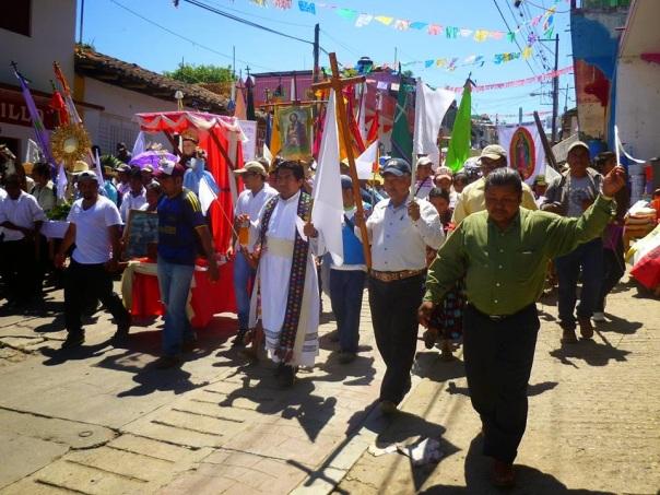 Pueblo Creyente marches in Chiapas