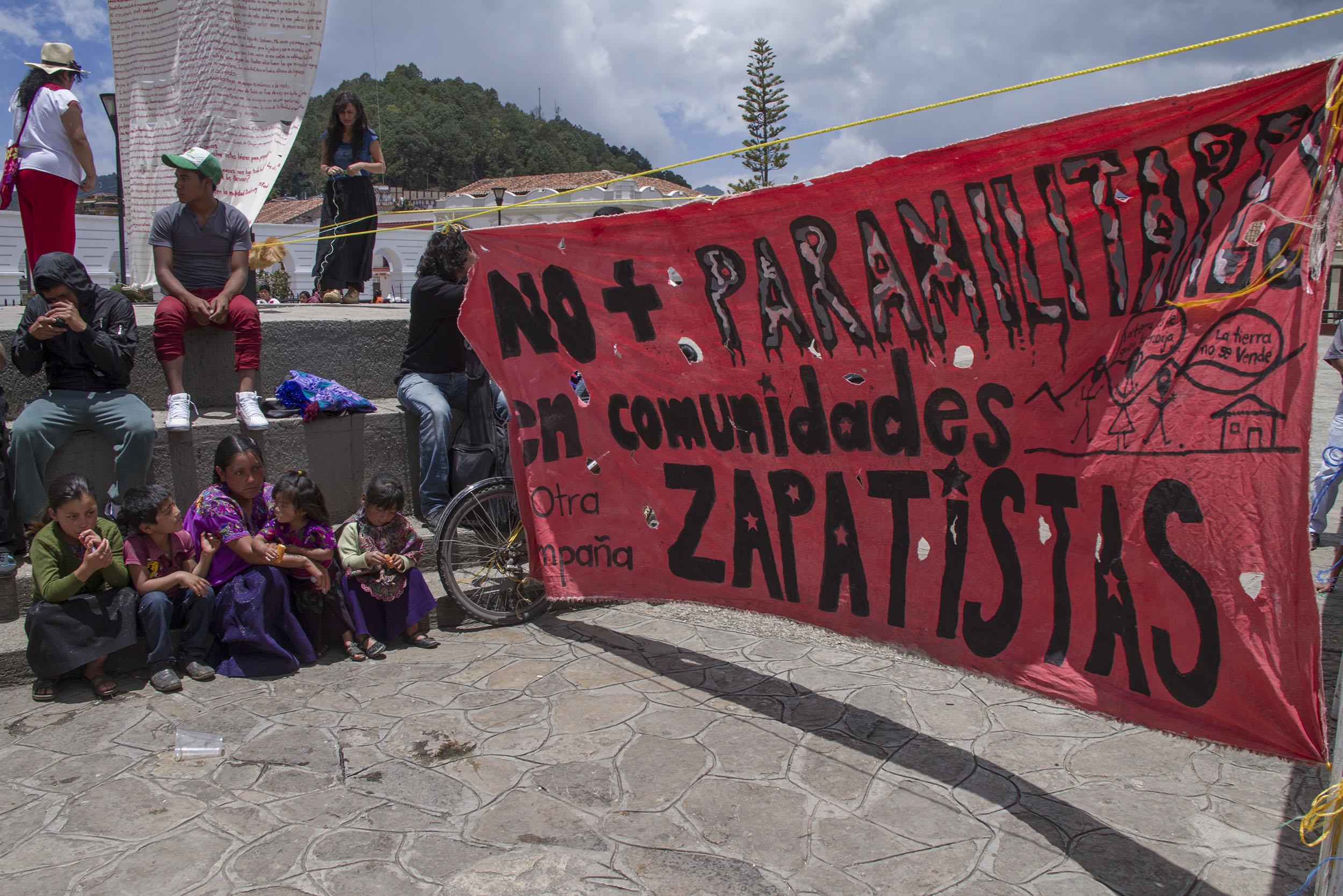 No-más-paramilitares-en-comunidades-zapatistas-1